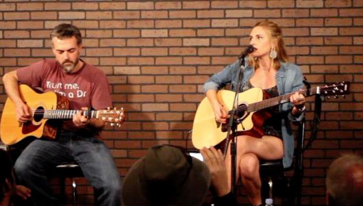 Amber Lynn Nicol live